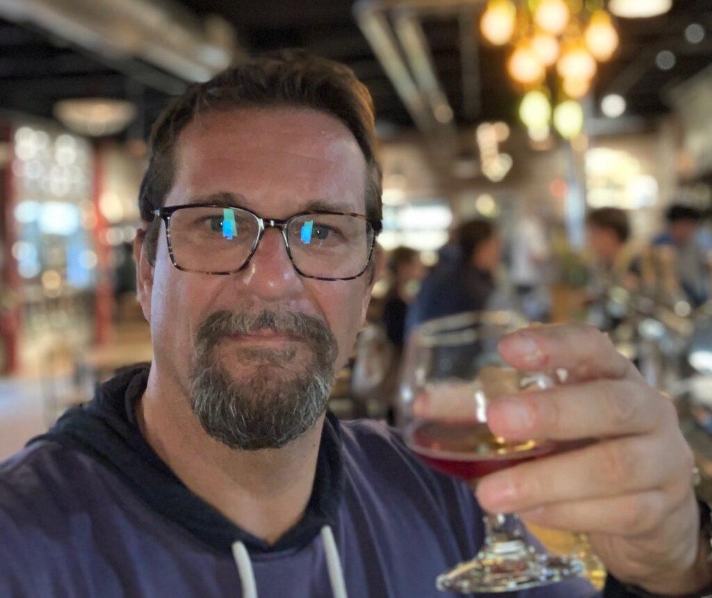 Pierre Berthias au Brew pub d'Allagash